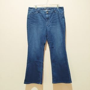 Jennifer Lopez Bootcut Jeans. Size 16 Short